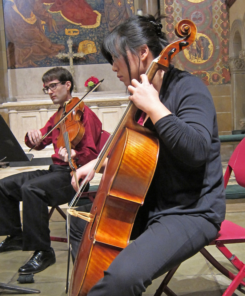 xGretchen's Muse_2013-11-21_Midtown Concert Series_4669_Beiliang Zhu and Kyle Miller