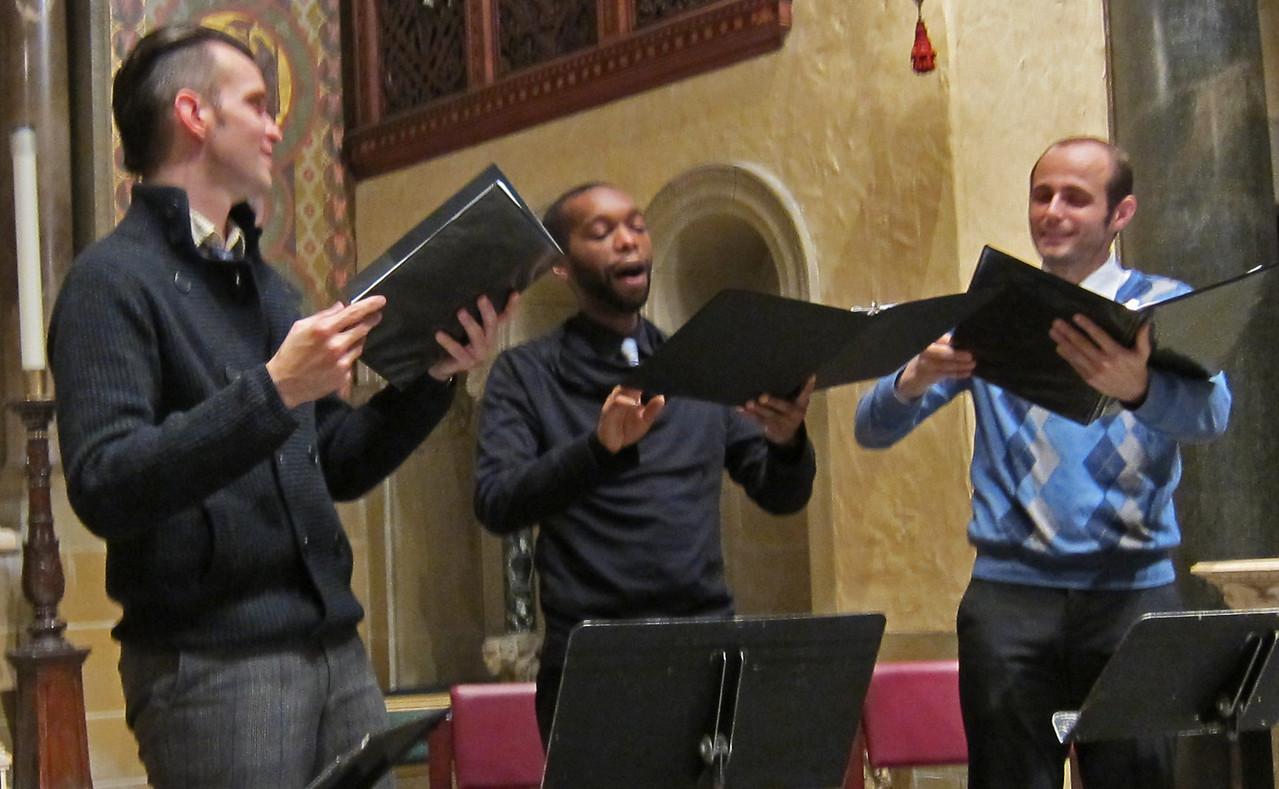 xConcordian Dawn_2013-11-07_A Medieval Melange_4606_Thompson, Woody, Tamagna singing