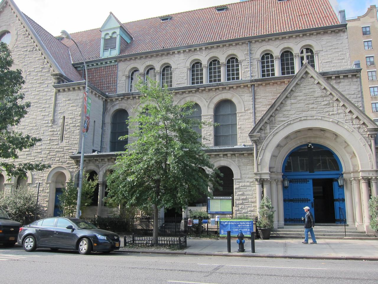 St Michael's Church_2013-11-264469_vew from across Amsterdam