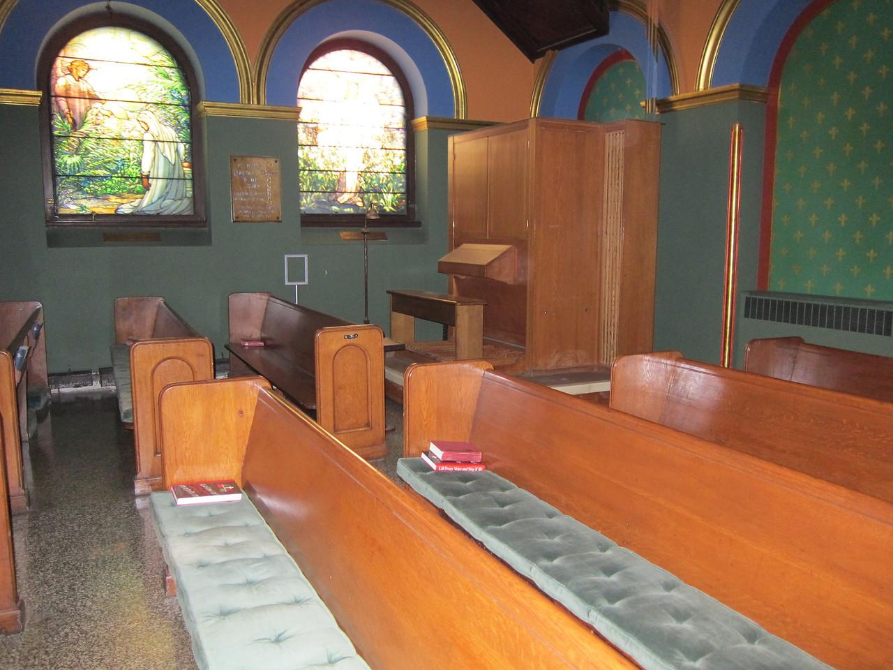 St Michael's Church_2013-11-26_4493_chapel seating